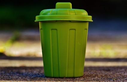 CDA will obtain 100 huge trash bins and 500 trolleys