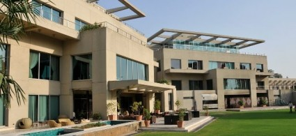 Supreme Court Cancels Royal Palm Club Lahore's lease