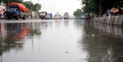 Prime Minister orders Karachi clean-up following heavy rains